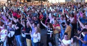 Animada e multitudinaria despedida das Festas da Santa Rita no Barco