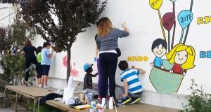 """Os nenos triveses descubren que """"Pintar en galego…Mola!"""