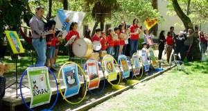 O CEIP Otero Pedrayo de Viloira festexa as Letras Galegas con bailes tradicionais e versos de María Victoria Moreno