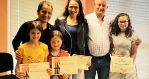 Trives entrega os premios do seu I Concurso de Contos Curtos