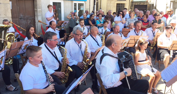 Primeiro concerto da Banda de música Candea nas festas de Viana