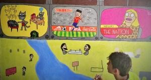 A creatividade e a cor toman as paredes dun dos pasos subterráneos do tren no Barco