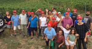 """Os veciños de Portela (Larouco) celebran a """"Festa do Mildeu"""" coincidindo co paso da Volta"""