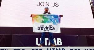Un membro do Club Peña Trevinca Barco no Mont Blanc