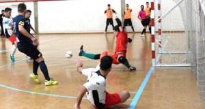 O Tres Cuñados FS protagoniza un recital de goles no pavillón de Calabagueiros