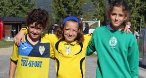 Iris, Anxela e Lola (C.D. Rúa) e Paula (C.D. Arenteiro), coa selección comarcal feminina sub 12 de Ourense