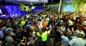 Punxeiro (Viana do Bolo) prepárase para a XII Festa da Vendima
