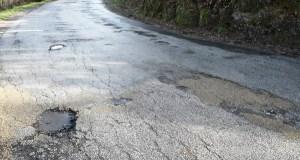Os socialistas preguntan sobre o arranxo da estrada vianesa de San Agostiño no pleno provincial