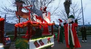 A comitiva de Papá Noel percorre A Rúa en Noiteboa