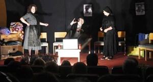 A Asociación Cultural O Mosteiro de Vilanova (O Barco) celebra o Nadal con teatro