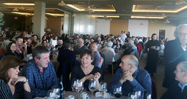 Unhas 350 persoas asisten á VI edición da Festa do Botelo na Coruña