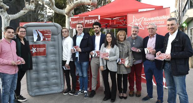 """Xuventudes Socialistas de Galicia achega a campaña """"#FainoConPedro"""" ao Barco"""