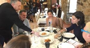 O xurado do I Concurso de Maridaxe das Xornadas Gastronómicas do Barco visita os establecementos