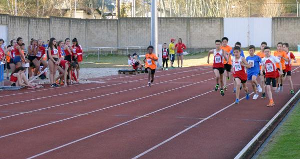 """Control de marcas e I Xornada previa de atletismo en pista """"Xogade"""", no Barco"""