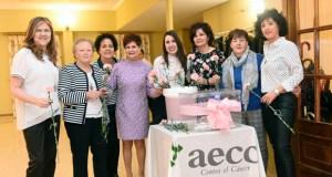 A cea benéfica da AECC de Valdeorras reúne a unhas 120 persoas
