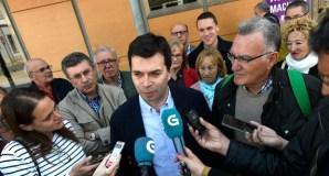 Gonzalo Caballero abre a campaña das municipais apoiando ao candidato socialista á alcaldía do Barco