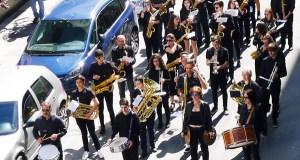 O día de Santa Rita comeza ao ritmo da Banda de Música do Barco