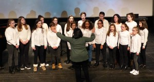 O Coro de Voces Brancas do Conservatorio e da Escola de Música do Barco abrirá o VII De Perto