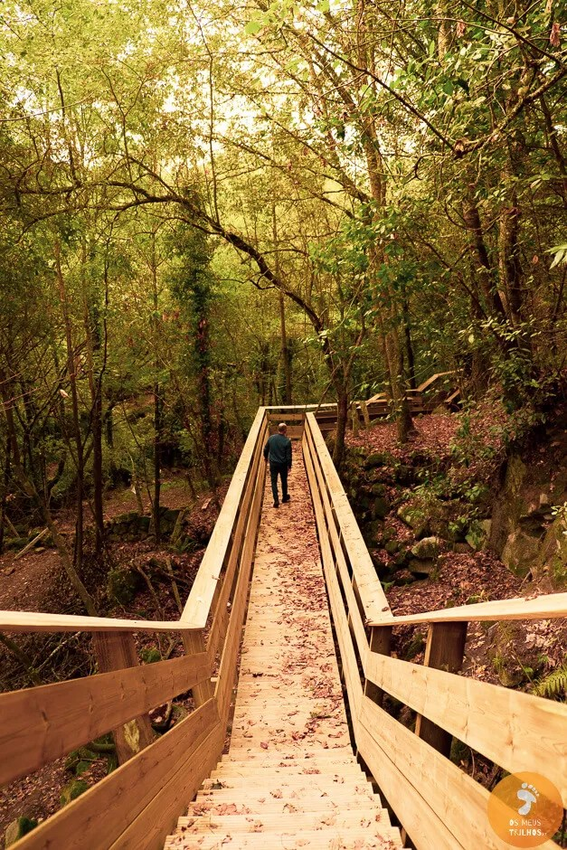 O Município de Melgaço está a construir em Cevide um pequeno Passadiço para permitir um melhor acesso ao marco de fronteira n.º1.