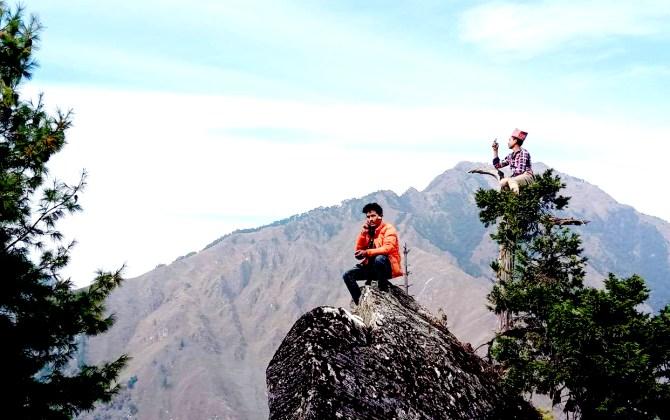 तल्लो डोल्पामा 'रुख चढेर फोन गर्नुपर्ने अवस्था हट्यो'घरबाटै फोन गर्न पाउदा खुशीले फुरुंग छन् स्थानीयवासी