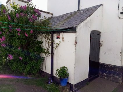 Mark Greene - workshop exterior