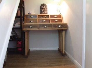 Peter Livesley - desk