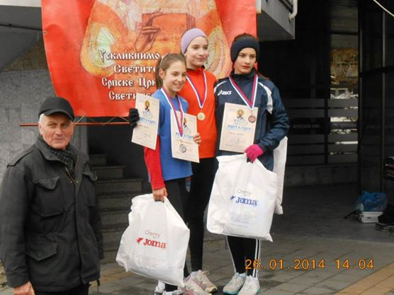 Svetosavska trka Valjevo 26.01.2014 (mladje pionirke 2001-2002)800m