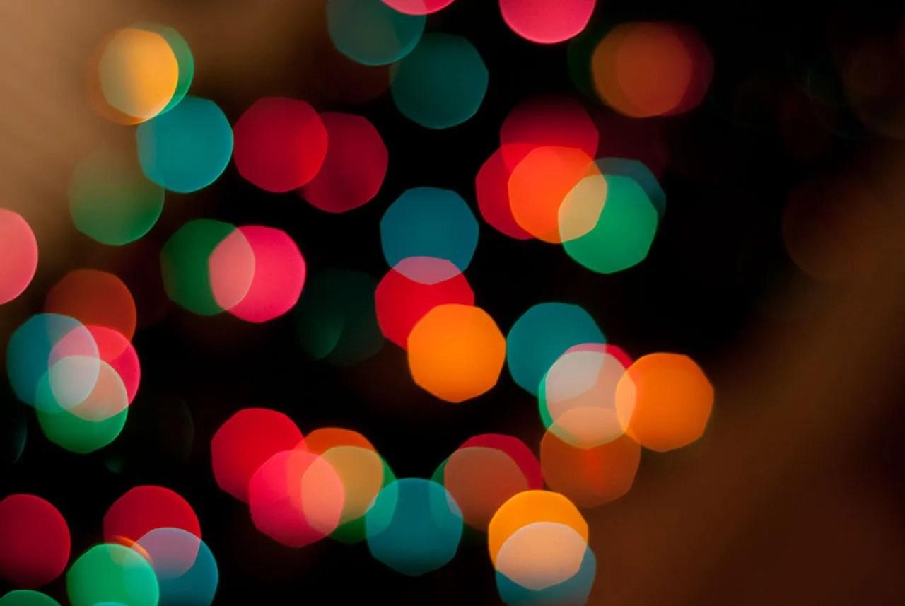 1280px-Christmas_bokeh