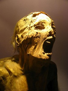 screaming-mummy-11