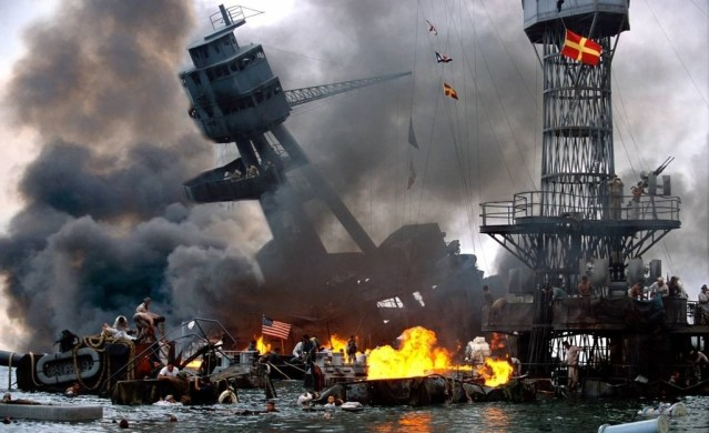 Awesome-Color-Photos-of-the-Attack-on-Pearl-Harbor-6