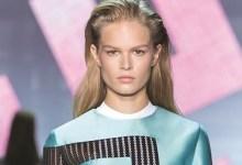 Photo of Versace تلهو بالألوان وتلعب بالخطوط والخامات