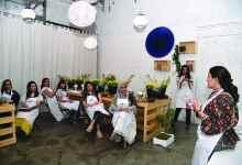 Photo of «أسرتي» في  ورشة عمل مختصة الديكور إيناس المرزوق