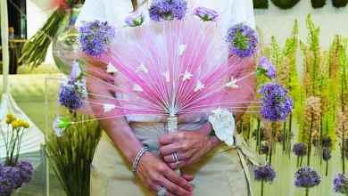 Photo of هبة العمر وهيا الحميدي صاحبتا مشروع FLOWERED