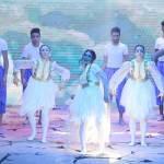 قدمت «لوياك» التراث البحري في «شو مسرحي»