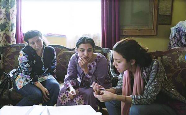«بين بحرين» فيلم ينتصر لقضايا المرأة سينمائيا
