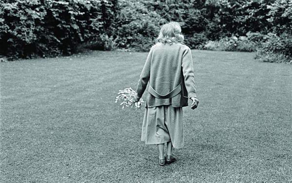 مسنون اجتازوا اختبار الزمن بالحب