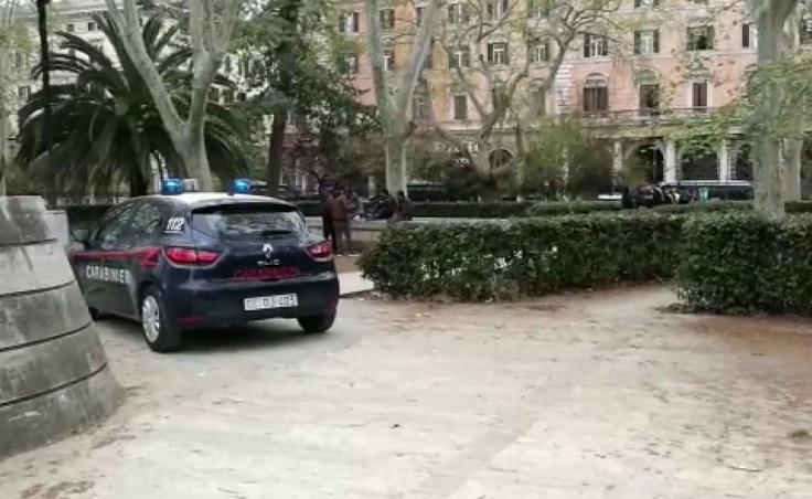 PIAZZA DANTE - I controlli dei Carabinieri nel quartiere Esquilino (5)