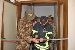 il Col. Cucchini, C.te del MNBG-W e il comandante dei Vigili del Fuoco di Gjakova 1
