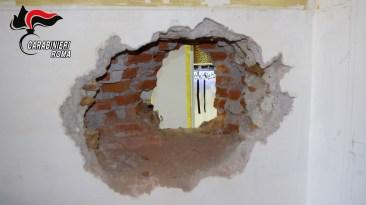 CENTRO - I negozi ripuliti dalla banda del buco (5)