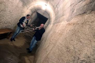 PA - musicisti del Brass nei bunker dell'aeroporto di Boccadifalco