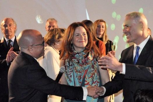Il prefetto Alessio Giuffrida (a sin) la vicesindaco Cristina Giachi con il questore Raffaele Micillo