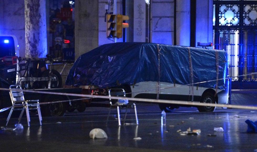 Il furgone killer dell'attentato di Barcellona