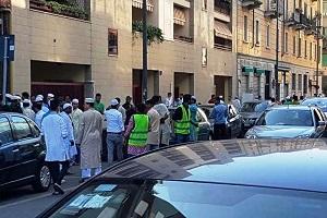 moschea abusiva va chiusa