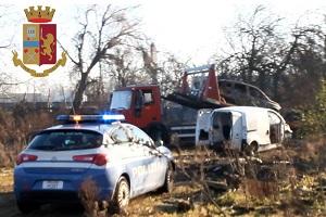 La Polizia bonifica un'area agricola a Muggiano