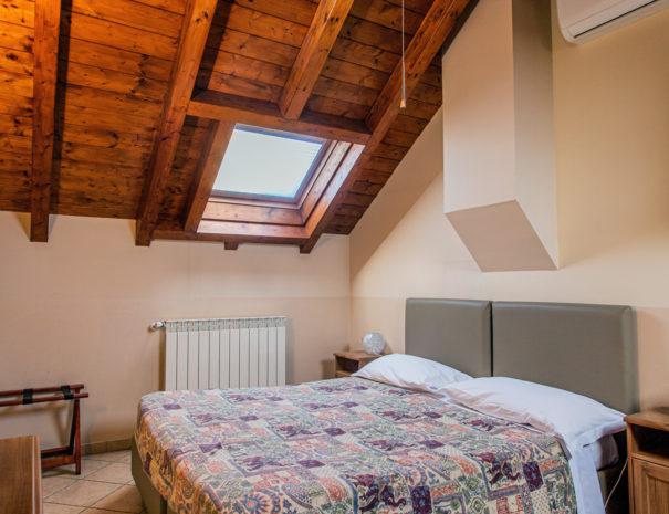 soffitto-mansardato-osteria-sangiuseppe-605x465