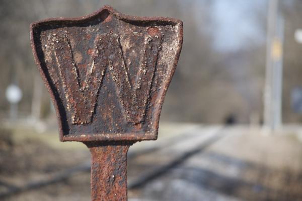 I&O whistle post