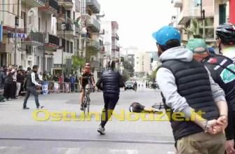 Caduta Gara Ciclistica3