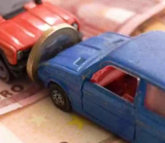 Come sono cambiati il tagliando assicurativo e l'attestato di rischio