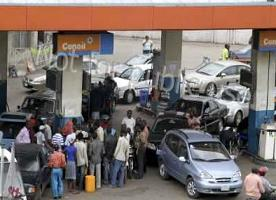 Petrol Tanker Drivers Suspend Strike easing fuel queues at filling stations across Lagos