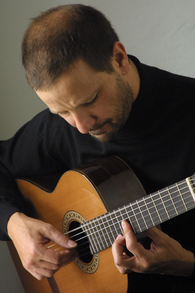 Osvaldo Gold, Classical Guitarist